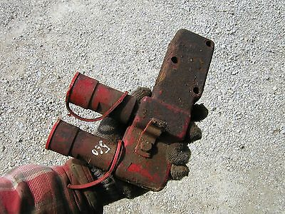 Farmall 460 560 Tractor Ih Hydraulic Valve Port Block With Quick Connects Caps