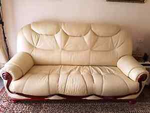 ITALIANO LEATHER 3 SEAT Revesby Bankstown Area Preview