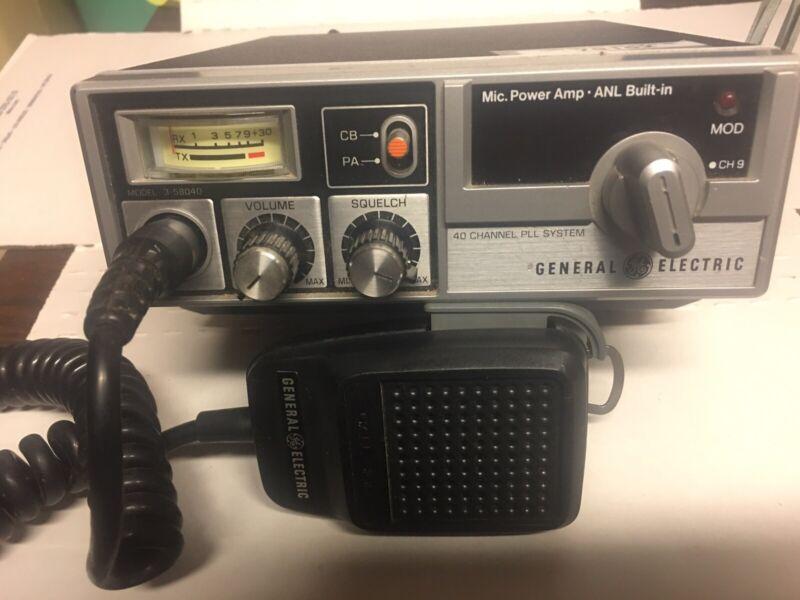 General Electric Model 3-5804D 40 CH CB Radio