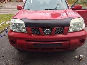 Nissan xtrail 2006 manuel pour pièce