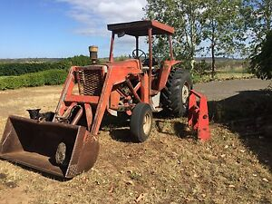 Massey ferguson 575 tractor with bucket Southbrook Toowoomba Surrounds Preview