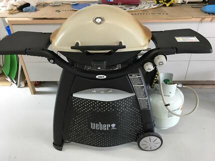 Barbeque - Weber Family Q on Trolley
