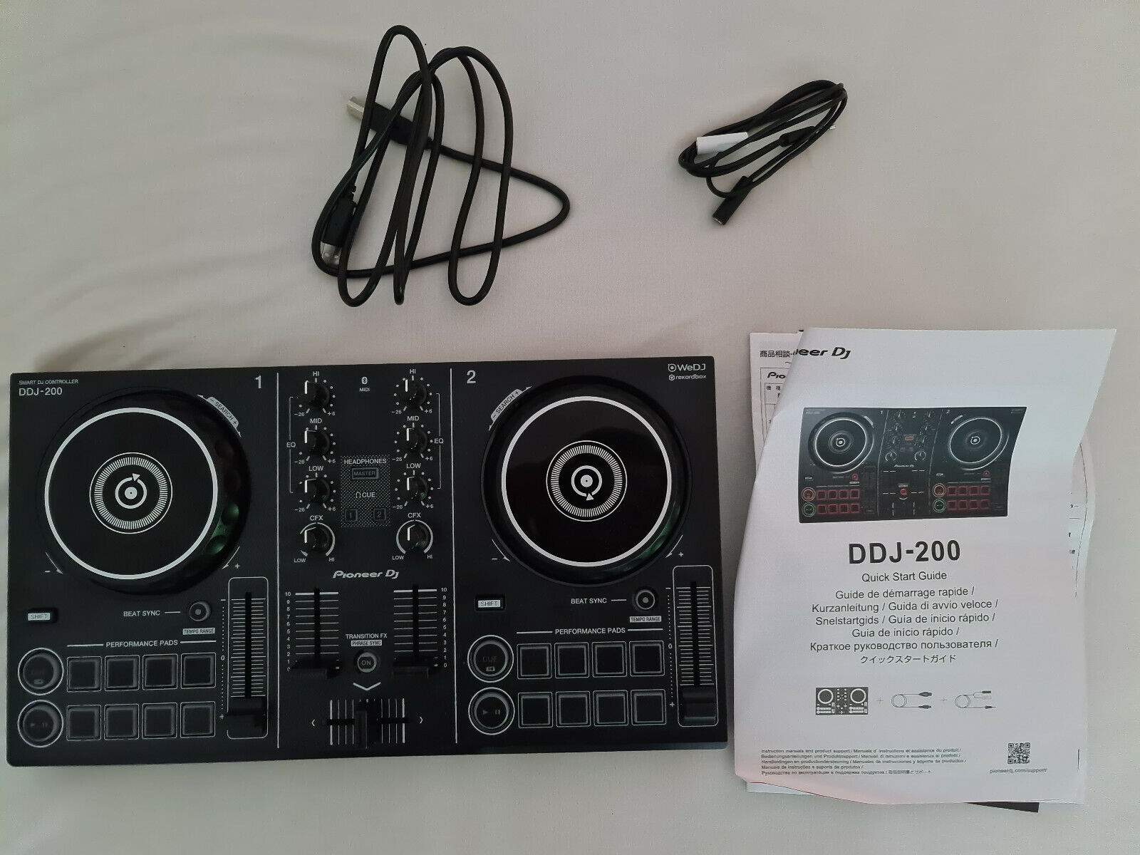 Pioneer DDJ-200 - Smart DJ-Controller