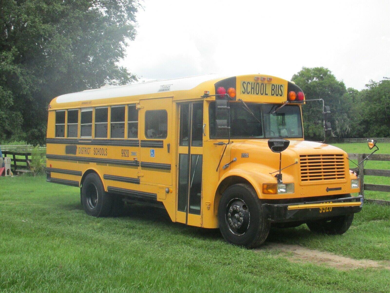 2000 Thomas School Bus w/ wheelchair lift dual A/C High Top good 4 RV Conversion