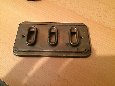 VINTAGE BRASS LIGHT SWITCH PLATE.