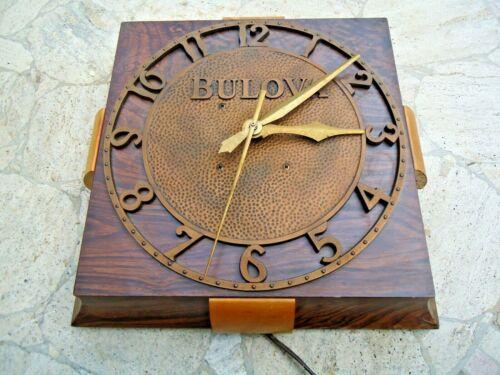 ART DECO BULOVA BROWN WOOD GRAIN METAL WALL CLOCK / ANTIQUE