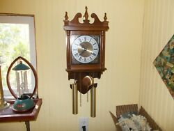 VINTAGE / Antique HAMILTON 31 DAY WALL CLOCK RUNNING CONDITION. (WORKING)