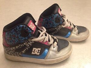 Girls dc shoes size 12
