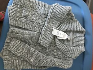 Moving sale: Brand new 3yrs gap sweater