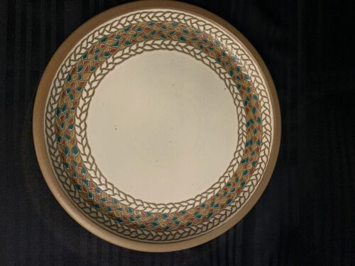 MIDWINTER STONEWARE DINNER PLATE BRAID PATTERN MADE IN ENGLAND BROWN & TAN EUC