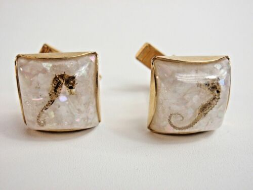 Luminescent White Pebble Cufflinks Seahorse Center Gold Vintage 1940-50s Toggles