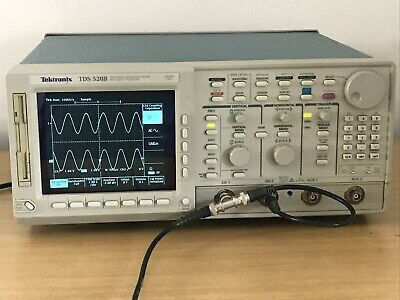 Tektronix Tds520b 500mhz 1gss In Perfect Working Condition.