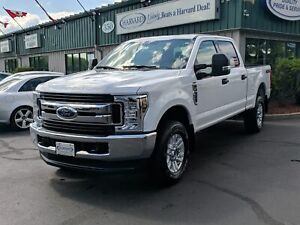 2019 Ford F-250 XLT BEDLINER/HITCH/4X4/BACK UP CAMERA/ALMOST NEW