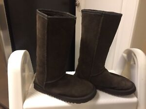 Girls brown suede Ukala boots size 13 (worn once)