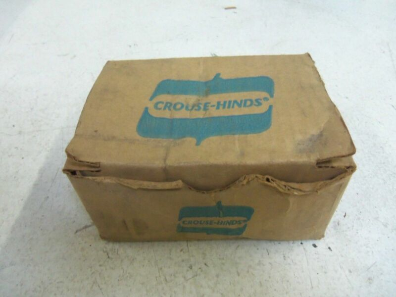 LOT OF 35 CROUSE-HINDS RE32 *NEW IN BOX*
