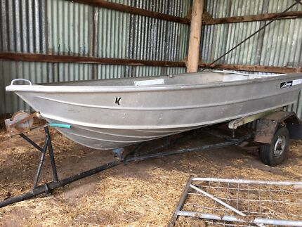 Savage Swift 11.6 foot Tinny Boat. Registered.