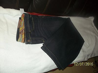 JEAN GUESS NEUF W32