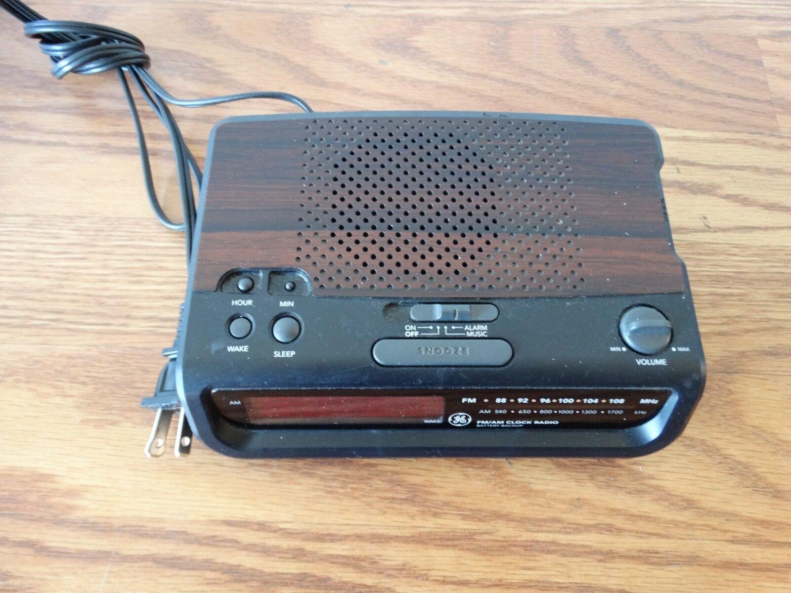 Vintage GE 7-4613A AM/FM Digital Clock Radio Alarm Snooze Tested Working
