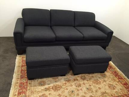 Sofa, 3 seater, with 2 matching ottomans, in excellent condition