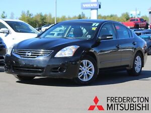 2011 Nissan Altima 2.5 S HEATED LEATHER | BACK UP CAM | SUNROOF