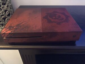Xbox One S Gears of War Special Edition  2TB 400$ OBO