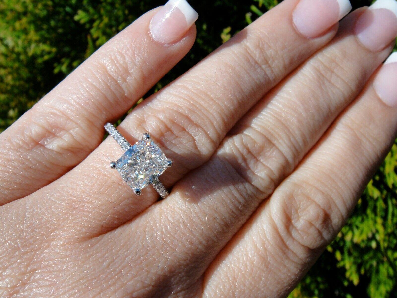 2.00 Ct Cushion Cut Diamond Engagement Ring U-Setting E,VS2 GIA 18K WG Natural 9