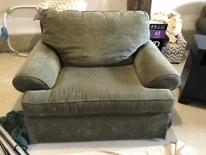 9/10 condition oversized SKLAR couch, chair and ottoman