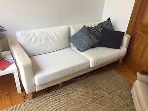 White couch Brunswick East Moreland Area Preview