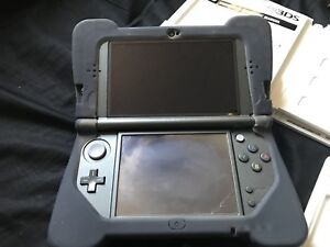 New 3DS XL Bundle/ DS and 3DS games!
