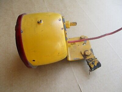 Cub Lo Boy 154 184 185 International Ih Cub Cadet Rear Can Light Lamp W Bracket