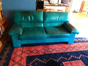 2.5 seater green leather lounge chair, free
