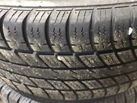 195/65/15 LIKE NEW ALL SEASON TIRES  London Ontario Preview