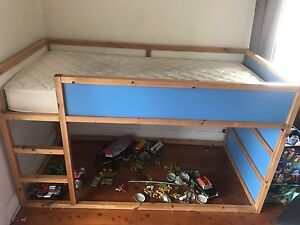 Boys kids single Cubby bed Newcastle Newcastle Area Preview