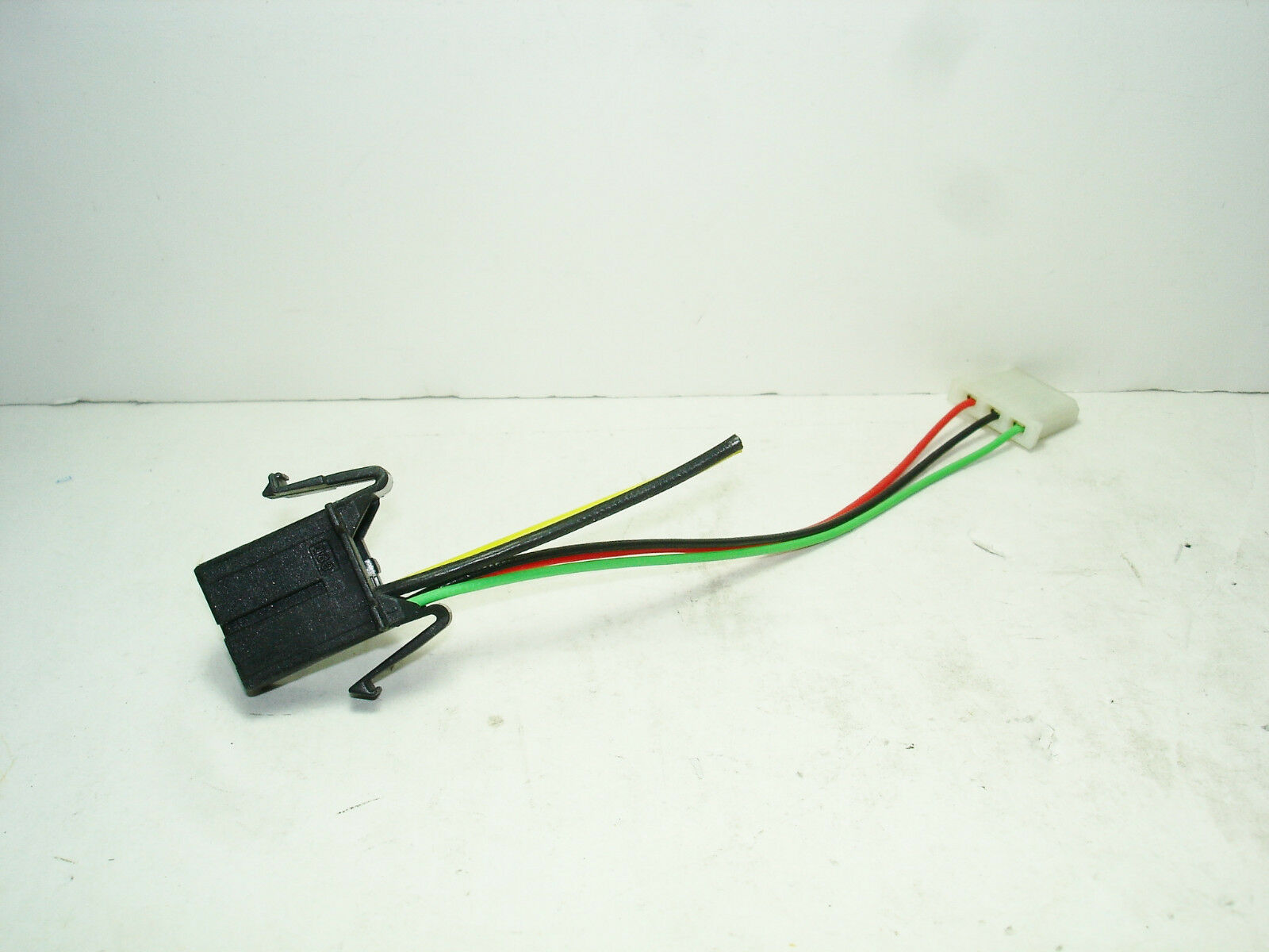 oem al xenon hid d2s ballast to 3 pin igniter wire harness socket you re almost done oem al xenon hid d2s ballast to 3 pin igniter wire harness
