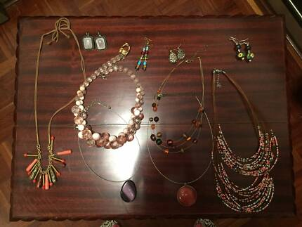 Jewellery offered for free