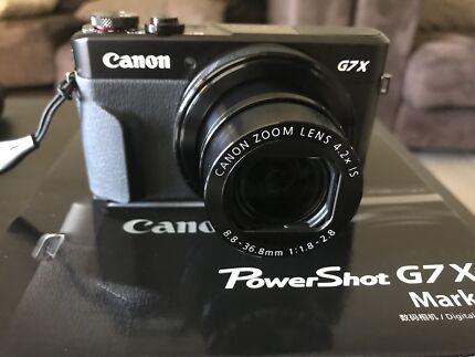 CANON G7X MARK II + BAG + TRIPOD + SD CARD