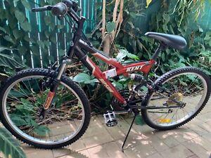"Kent Ripsaw 24"" (60cm) boys / girls Mountain bike"