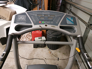 Treadmill  in very good condition  needs a new home Wallan Mitchell Area Preview