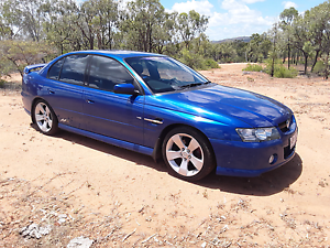 Holden commodore ssz v8 excellent condition Ravenswood Charters Towers Area Preview
