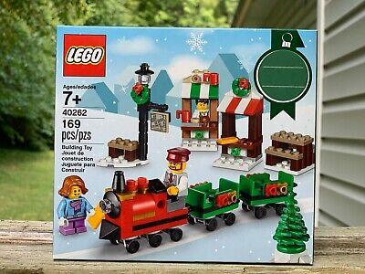 LEGO 40262 2017 Seasonal Holiday Christmas Train Vignette Retired Street Vendor