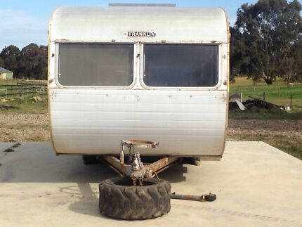 :: Classic Vintage Franklin RENOVATED INTO BEDROOM Caravan For Sale :: Bairnsdale East Gippsland Preview