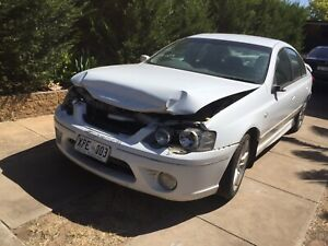Ford Falcon BF XR6 mkII wrecking