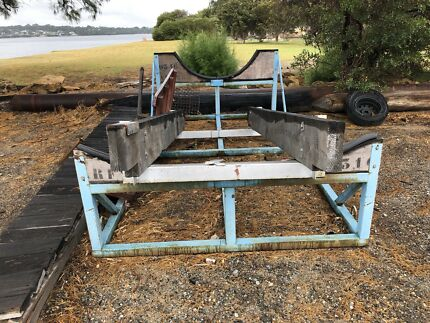 boat cradle