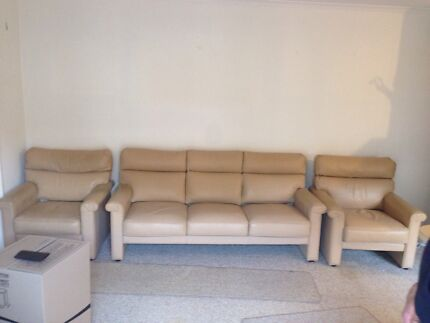 Moran leather couches 3 seater and 2 x 1 seaters Box Hill Whitehorse Area Preview