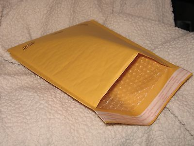 #5 Jiffy Lite Self Seal Bubble lined mailers 10 1⁄2