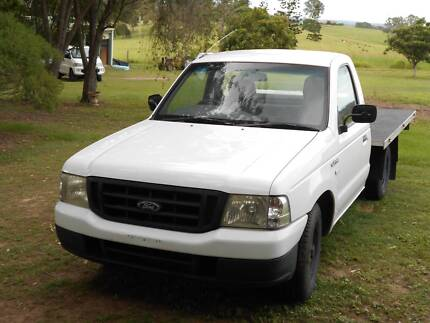 Ford Courier Utility 2004 4x2 GL Manuel