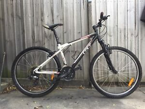 GT Agressor Mountain Bike