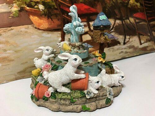 Cracker Barrel Easter Bunny Family, Chics & Bird ADORABLE Music Box~ NEW