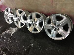 4 mags 17'' bolt pattern 5x114