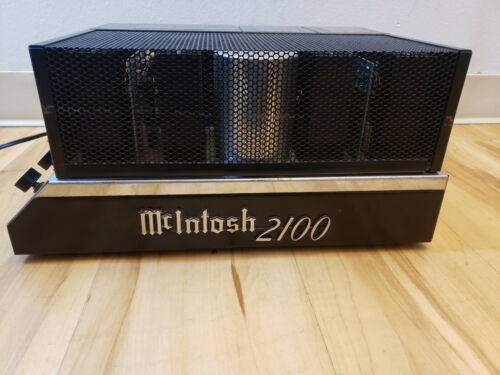 McIntosh MC2100 Amplifier- Excellent!